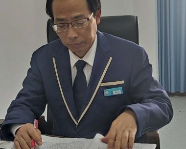 优秀教师吴兴华先进事迹